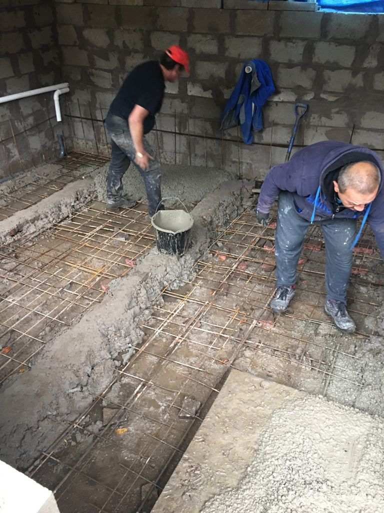Construction of a heated swimming pool in Manchester London